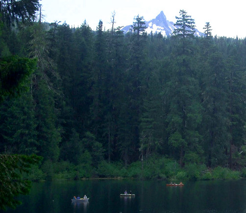 Clear_Lake_with_Mount_Washington 500